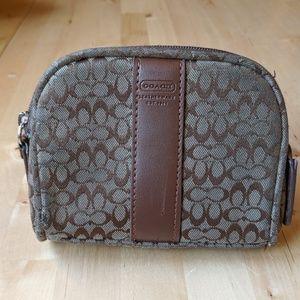 Coach coin purse brown